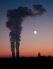 Silhouette - nuclear power station (Bavaria) (Mi Ko) Tags: chimney moon church colors station silhouette night bayern deutschland mond nikon flickr niceshot power smoke churches kirche nuclear steam industrie schornstein atom nuklear stimmung chemical rauch kernkraft kirchturm kernkraftwerk dampf schornsteine unterfranken kkw grafenrheinfeld atomkraft faben flickriver ringexcellence