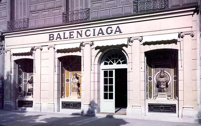 balenciaga-store-80's