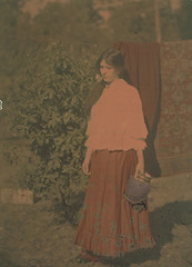 Mrs Lindsay in garden with blue vase, 1908 [transparency] / (National Library of Australia Commons) Tags: woman color standing dress 1908 nationallibraryofaustralia xmlns:dc=httppurlorgdcelements11 dc:identifier=httpnlagovaunlapican115972662