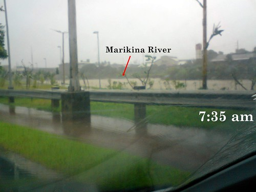 Marikina River along C5