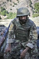 Task Force Bronco heads back to Wanat [Image 3 of 10] (DVIDSHUB) Tags: afghanistan military af kunar nuristan pakistanborder wanat nuristanprovince 7thmobilepublicaffairsdetachment rceast regionalcommandeast taskforcebronco cjtf1 7thmpad tfbronco waygulvalley 325id 3rdbrigade25thinfantrydivision briggenvolesky bgvolesky combinedjointtaskforce1