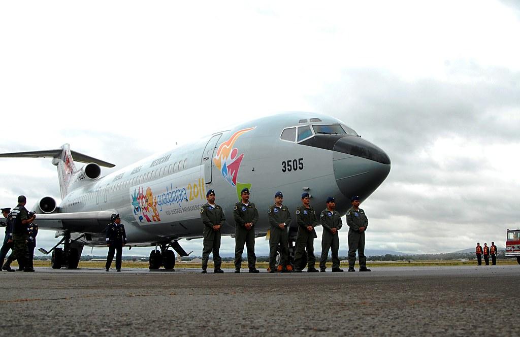 Boeing 727 Fuerza Aérea Mexicana 6201278572_1f03bd50ca_b