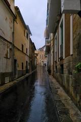 calle del port de Soller (alcachofa1960) Tags: street viaje lumix calle lluvia panasonic tarde soller palmademallorca lx5 rafaelcatering