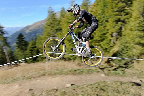 iXS Swiss Downhill Cup Bellwald 2011