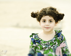 (Ebtesam.) Tags: green girl photo kid child outdoor saudi arabia jeddah ebtesam nikond7000