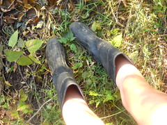 (losing-grip-on-reality) Tags: fall feet water girl leaf pond legs rainboots