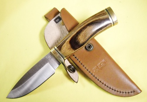 "Buck Vanguard Wood Handle 8.5"" Overall Fixed Blade"