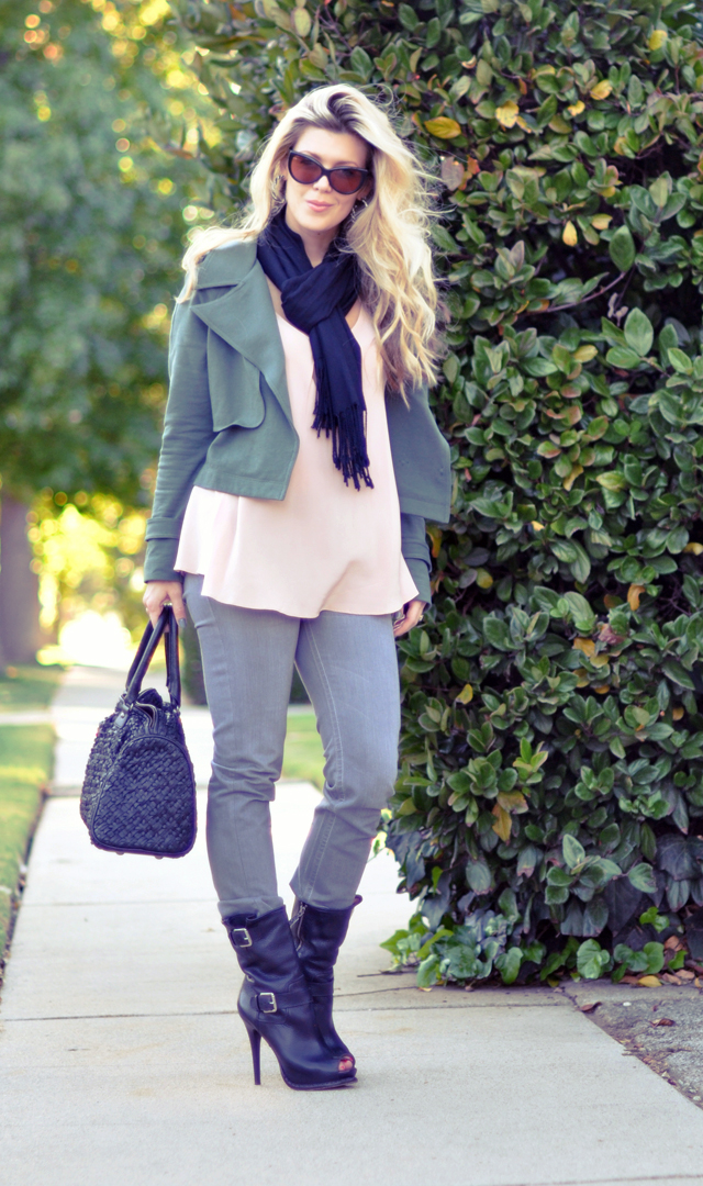 cat eye-Fall Outfit - Gray Jeans - Soft Peach  top-Army Green Jacket