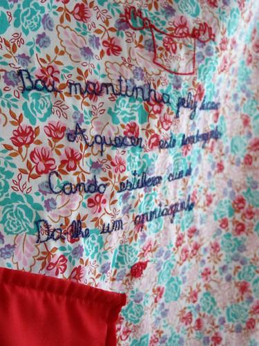 """Bai mantinha feliz boando"" baby blanket"