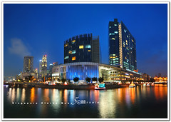 clarke quay - lantern festival 2011 (fiftymm99) Tags: river shopping lights singapore lantern lanternfestival boatquay mooncake autumnfestival clarkequay refelection centralshoppingmall nikond300 fiftymm99 gettyimagessingaporeq2