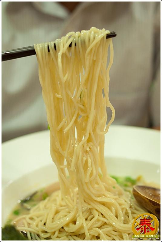 2011.10.12 西湖市場飛龍拉麵-豚骨家-25