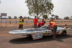 . (ondasolare) Tags: sun race competition alternativeenergy sole zev solarpanels solarcar madeinitaly corsa solarpowered solarcell renewableenergy solarpower futurecar solarenergy greenpower solarcells suncar worldsolarchallenge photovoltaiccells cleanenergy electricpower energiaalternativa energyefficiency solarbattery aerodinamica italianteam pannellisolari veicoloelettrico risparmioenergetico energiasolare energiapulita fontirinnovabili energiarinnovabile galleriadelvento photovoltaicmodule photovoltaicpanels zeroemissionvehicle fibradicarbonio autoelettrica greengeneration veicolielettrici pannellifotovoltaici energiaverde italianengineering pannellisolarifotovoltaici pannellofotovoltaico solarinverter emissionizero energiafotovoltaica solarfuel autoecologiche australia2011 sistemifotovoltaici ondasolare worldsolarchallenge2011 automobileelttrica macchinaincarbonio emiliaii solarprototypevehicle pannellosolarefotovoltaico competizioneenergiasolare concentratoresolare fontidienergiarinnovabile automobilielettriche veicoliecologici fibredicarbonio veicoloincarbonio materialicompositi