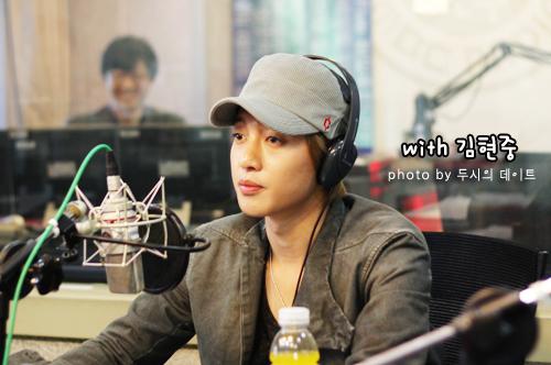 Kim Hyun Joong MBC FM4U 2 O'Clock Date Joo Young Hoon [111017]