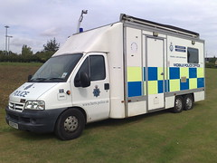 HERTS POLICE MOBILE POLICE STATION (NW54 LONDON) Tags: hertfordshirepolice