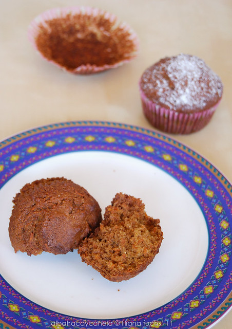 Carrot muffins with agave