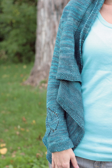 Dahlia - drapey goodness + sleeve detail