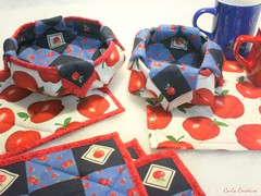 mug rug + cestinha (Carla Cordeiro) Tags: boto patchwork caneca ma cestinha vis mugrug cantomitrado quiltinglivre