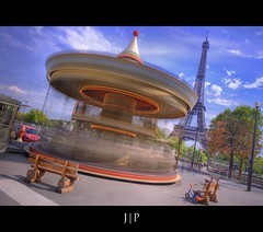 Crazy Carrousel  (J P | Photography) Tags: life longexposure wallpaper bw paris france apple colors photoshop children french photography gris mac aperture nikon long raw imac tour angle photos eiffel ps jour jp enfants capitale nikkor dame tamron franais hdr fer hdri tourisme francais touristique filtre photographe trocadro expositionlongue photomatix damedefer cs5 jpphotography d7000 djpig91
