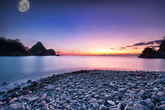 Moon at dusk *composite  (-TommyTsutsui- [nextBlessing]) Tags: longexposure blue light sunset red sea seascape beach nature japan landscape coast nikon purple dusk tide scenic shore     islet hdr izu    nishiizu sigma1020  onsalegettyimages