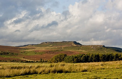 higgar tor (robwiddowson) Tags: park uk ancient iron fort heather district derbyshire peak national age fortification moorland