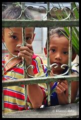 mga bata (Rhannel Alaba) Tags: street city portrait people kids lens nikon philippines cebu d90 pido alaba miglanilla 18105mmvr rhannel