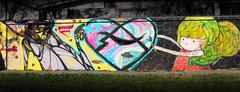 (alterna ) Tags: chile santiago color muro graffiti mujer mural septiembre natalia boba graff paulo fotografia nias dibujo mujeres muralla par pelo rejas alterna alternativa 2011 artlove lasrejas superboba alternaboba guztok malditolapiz