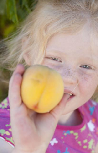family.peaches.2736