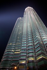 Petronas Towers (Twins) (NikitaY) Tags: twins petronas malaysia twintowers kualalumpur fullframe 24105 2011 canonef24105f4lisusm canoneos5dmarkii