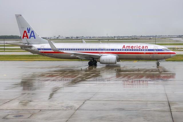 American Airlines Boeing 737-823 (N919AN)