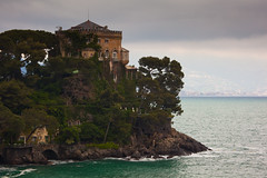 "Portofino Palace • <a style=""font-size:0.8em;"" href=""http://www.flickr.com/photos/55747300@N00/6174852403/"" target=""_blank"">View on Flickr</a>"