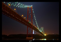 portugal lisboa ('^_^ D.F.N. Damail ^_^') Tags: voyage bridge france color art love portugal canon pose word french fun photography photo reflex europe photographie lisboa lisbon picture 7d april pont 25th franais hdr francais lisbonne photographe 1635 longue dfn damail borderfx ilustrarportugal srieouro serieouro francais wwwdamailfr