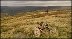 County top....South Yorkshire..High stones..1797ft. (Steven Ruffles) Tags: windy cairn picnik southyorkshire cutgate derwentmoors margeryhill highstones