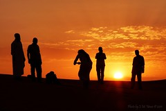 Friends & Silhoettes 2 (uvaisjm - Al Seylani Photography) Tags: friends sunset dusk silhouettes ita almuzahmiya