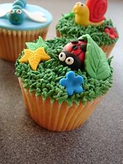 Bug Cupcakes! (Nom Nom Cupcakes) Tags: cupcakes dragonfly snail bugs bee caterpillar ladybird birthdaycupcakes nomnom brightcupcakes noveltycupcakes animalcupcakes beecupcake bugcupcakes ladybirdcupcake caterpillarcupcake insectcupcakes colourfulcupcakes dragonflycupcake snailcupcake nomnomcupcakes