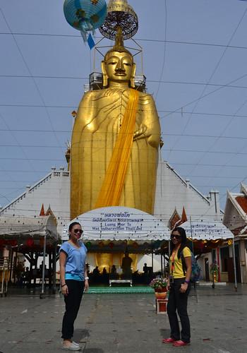 4 standing buddha