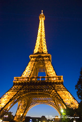 Paris Eiffel Tower Night, Paris Tour Eiffel de Nuit (Christian Picard) Tags: city blue lake black paris france color film beautiful beauty architecture de french tou temple design photo nikon flickr photographie tour ile eiffel christian bleu explore le toureiffel creator fr nuit brouillard picard brume photographe savigny d90 nady chrisphoto 77176 flickraward chrisphotofr creatortodesigncom