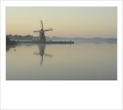 De Helper (a.stokman) Tags: mill windmill groningen molen paterswoldsemeer reflectie zonsopkomst dehelper