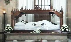 Cristo Santo Entierro - El cristo que se mueve.