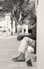 The Wisdom of Years (Leo Hohmann) Tags: poverty georgia candid south homeless streetphotography photojournalism documentary blues pensive streetpeople savannahga downandout hardluck streetsmart wiseoldman leohohmannphotography