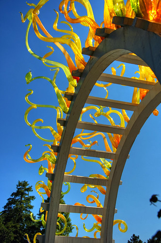 Glowing Glass Arch by DisHippy