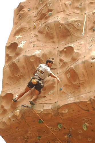 17th_South_Zone_Sports_Climbing_Competition_Junior_Boys_In_Action1