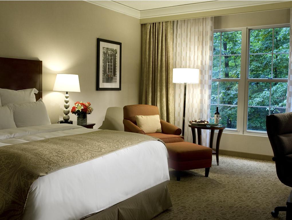 Marriott Westfields Hotel Room