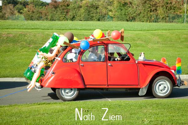 voiture_balai_rouge