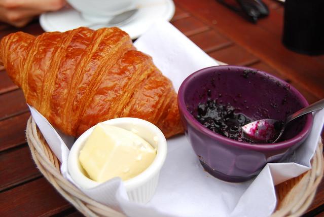 Madame Claude Cafe croissants