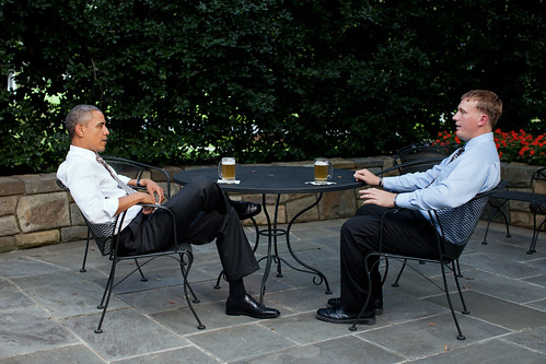 6148033865 d6e78141e5 Sgt. Dakota Meyer Grabs a Beer With President Obama