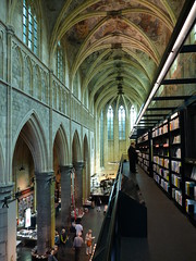 The most beautiful bookshop of the world! (stukinha) Tags: anacompadre stuka stukinha nederland thenetherlands maastricht bookshop shelves book beautiful interesting most church igreja boekhandel selexyz dominicanen guardian theguardian books amazing holland holanda top shop dutch dominican dominicana merkxgirod merkx girod architecture arquitectura charm old arquitetura charme minimalist modern interior minimalista moderno moderna lovely limburg europe europa livro livros livraria bonita corridor stone pedra bookstore store breathtaking gorgeous deslumbrante winkel dominicanenkerk perspective perspectiva perspetiva ceiling superb vanishingpoint mundo temple templo library interessant thechallengefactory duetos friendlychallenges