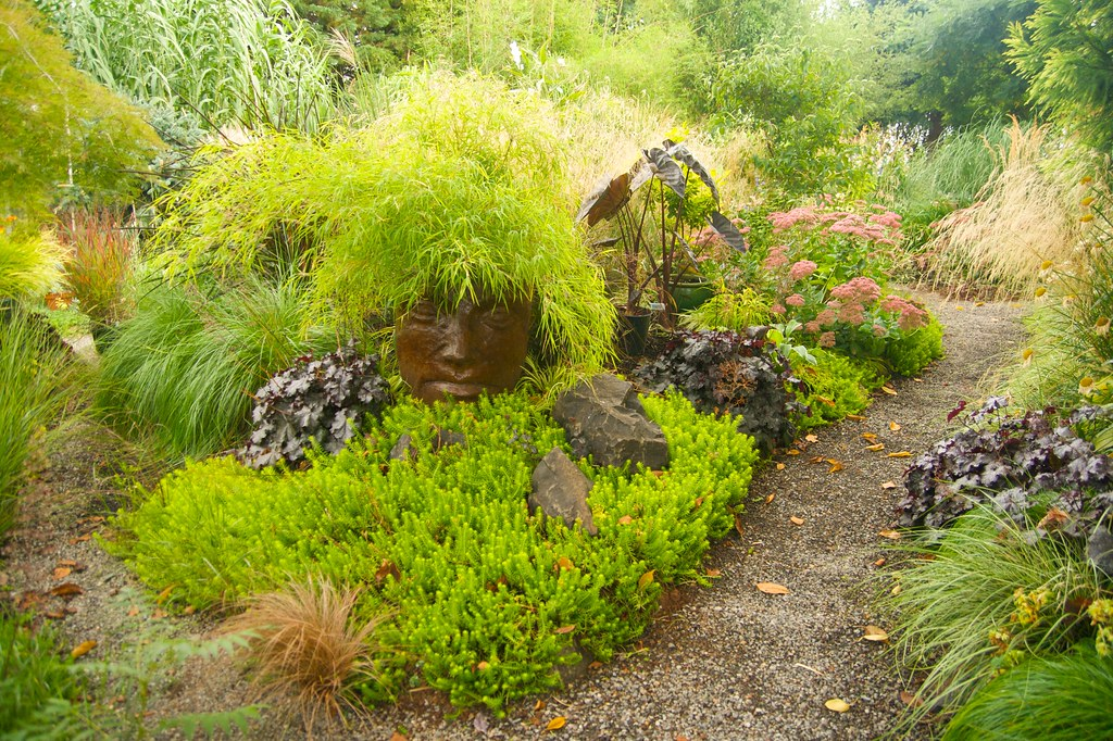 wind dancer gardens  537