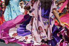 Angers - 17   Kesaj Tchave (Paul Dykes) Tags: pink france roma dance dancers purple dancing maine loire angers slovak anjou lesaccrochescoeurs kesajtchave img597218