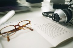 film 35mm glasses book desk grain headphones analogue eyeglasses rayban bose chapterone