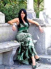 Alba 009 (Daniel Rocal) Tags: woman sexy verde green girl beauty stone mujer model chica dress alba banco bank modelo bella vestido piedra darocal danielrodrguezcalvo danielrocal albaaguayo